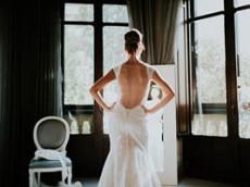 Los preparativos de la novia: el mejor momento de un reportaje de boda.